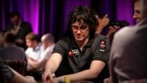 აიზიკ ჰექსტონი ყოფილ სპონსორს - PokerStars-ს აკრიტიკებს